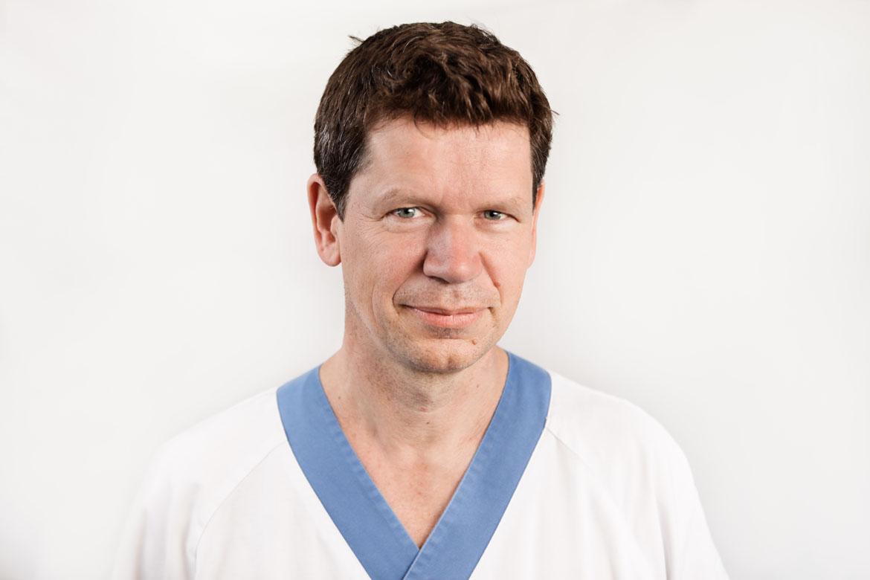 Henrik Lindman, docent och överläkare i onkologi