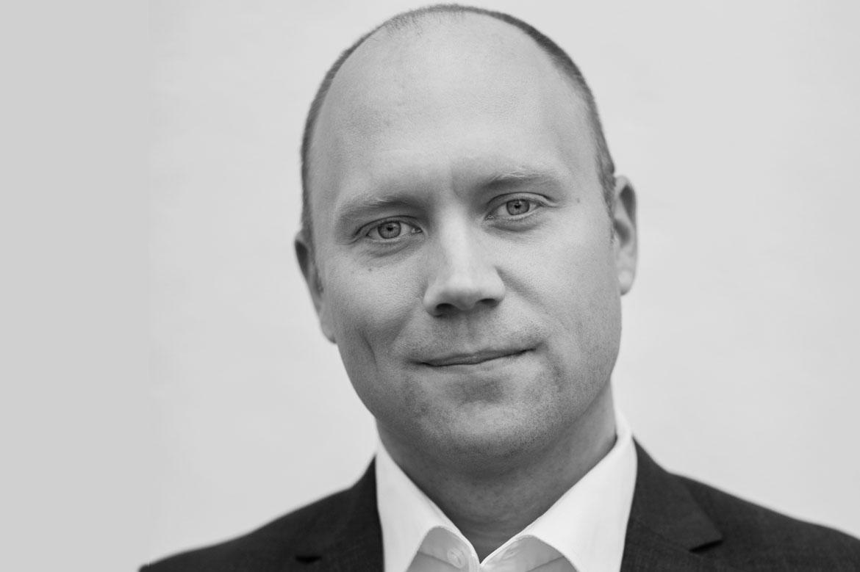 Tobias Perdahl, specialistläkare i internmedicin på akutkliniken vid Karolinska universitetssjukhuset. Foto: Peter Rutherhagen. Typ 1-diabetes. Typ 2-diabetes
