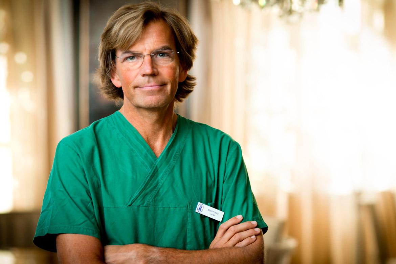 Specialistläkaren Bengt Lavö hjälper personer med IBS, glutenintolerans och andra mag-tarmbesvär