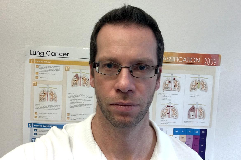 Wolfgang Greger, intern- och lungspecialist. Berättar om immunterapi och andra nya behandlingsmetoder.