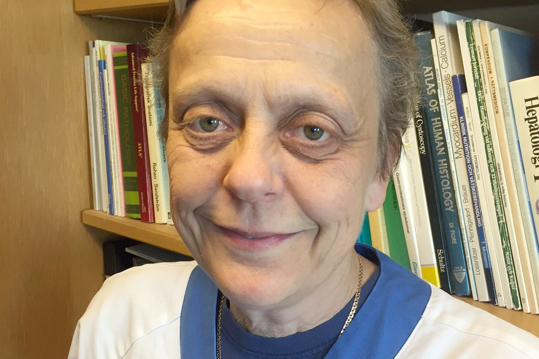 Britt-Marie Karlsson är överläkare på Akademiska sjukhuset