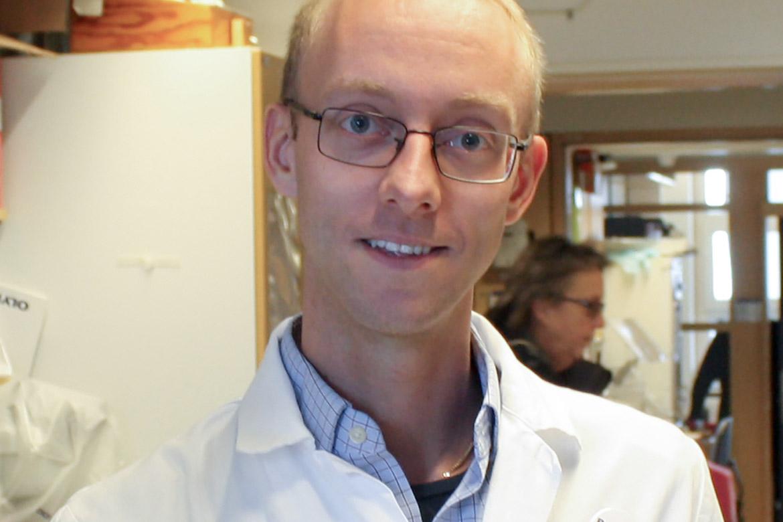 Enligt forskaren Rolf Lood kan vi ha nytta av våra egna bakterier mot hudsjukdomar