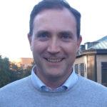 Henrik Ljungberg har en sällsynt specialitet: han är nämligen barn-lungläkare. Han är även grundare av MediTuner som utvecklat ett revolutionerande behandlingsstöd som möjliggör för astmatiker att mäta sin lungfunktion hemma och dela blåsvärden med en specialistläkare i en app