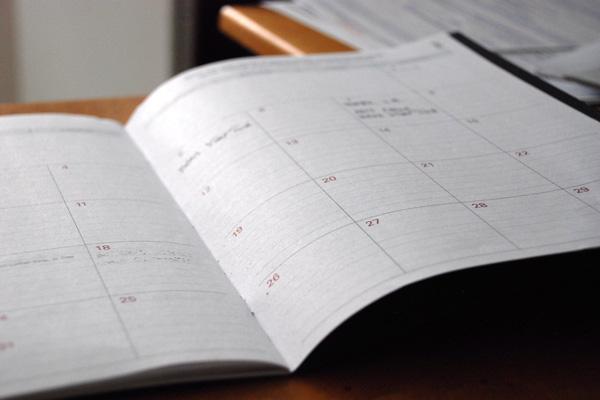 Boka en tid som passar dig och få individuell hjälp av specialistläkare, dietister, psykologer