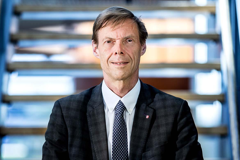 Robert Brummer, professor vid medicin och hälsa